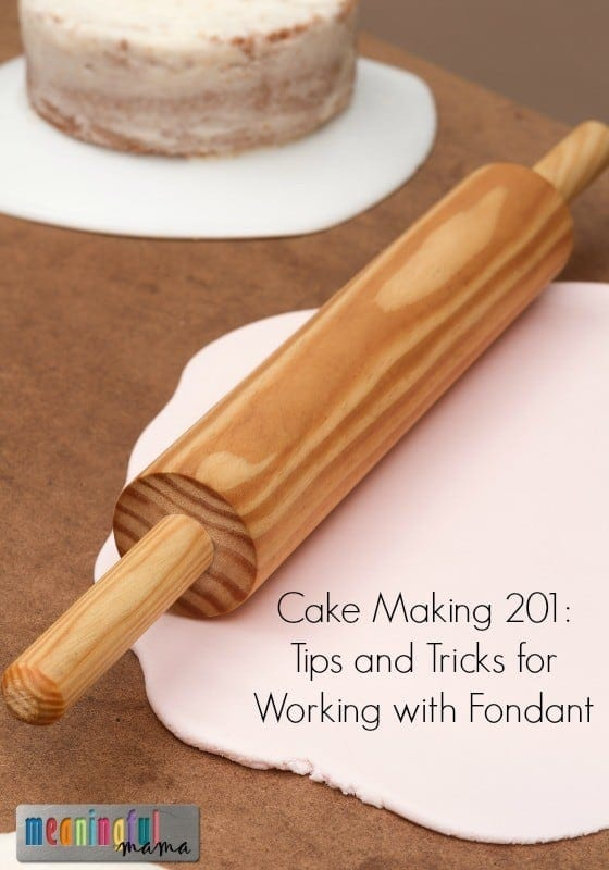 Tips and Tricks for Decorating with Fondant - Cake Making 201