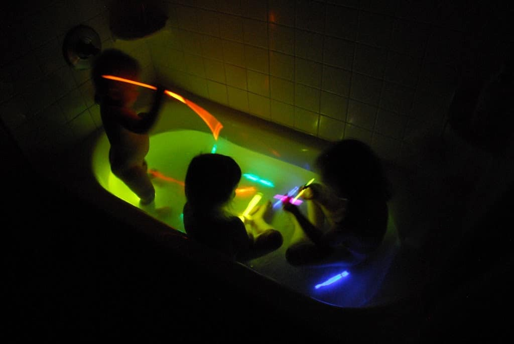 Snap Outstanding Party In The Tub Lights Elaboration Custom ...