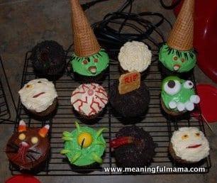 1-Halloween-Cupcakes