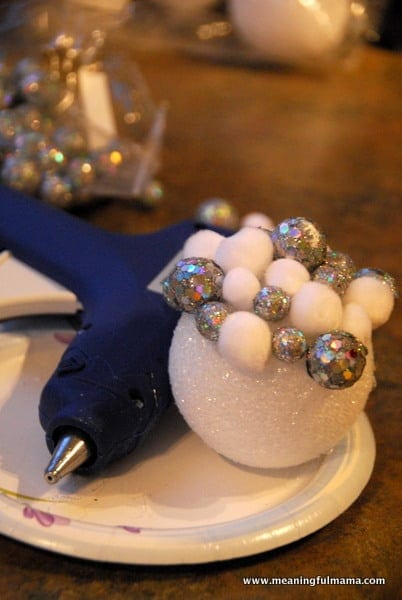 1-DIY Christmas Balls Tree Ornaments-004