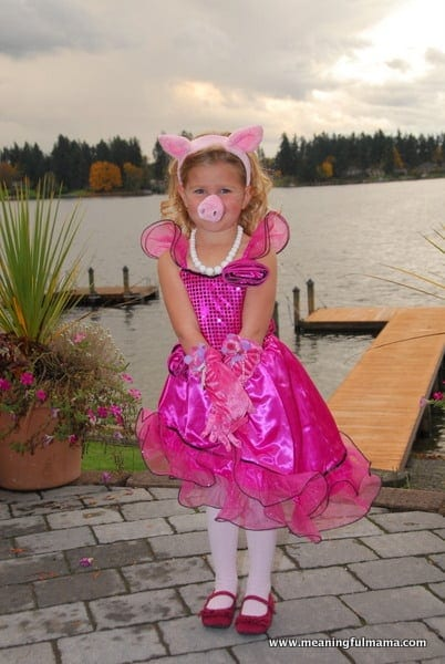 DIY Miss Piggy Costume for kids