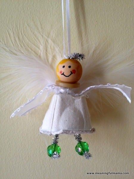 1-christmas-angel-egg-carton-craft-017