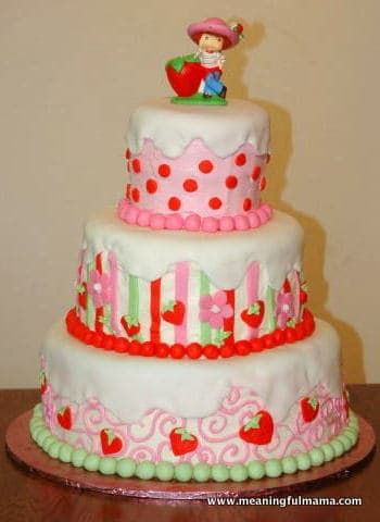 1-strawberry-shortcake-cake-6-4-05