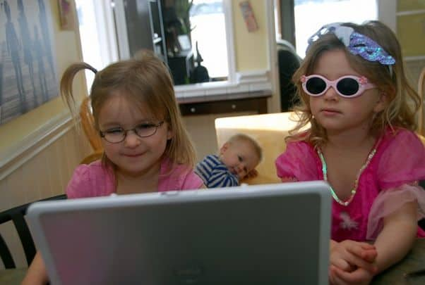 Kids watching Jelly Telly on Laptop