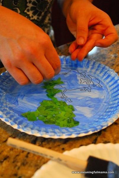 1-#world craft #paper plate #Cubbies #Bear Hug #2-014