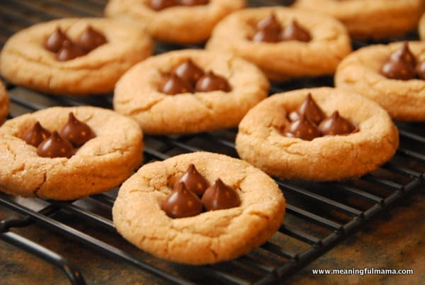 1-peanut butter blossoms-008