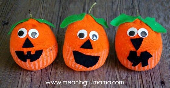 sock pumpkin craft jack-o-lantern