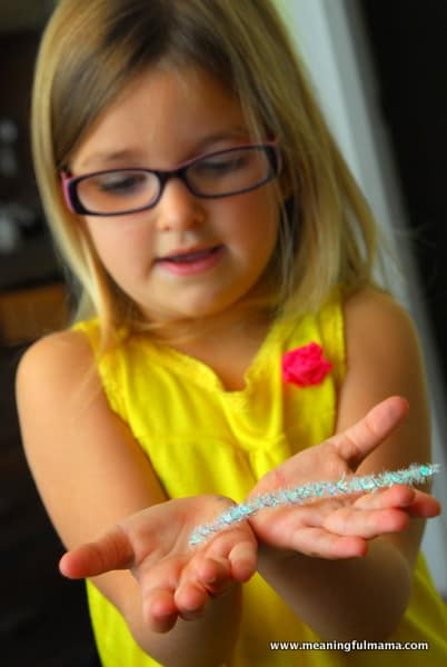 1-#snowflake craft #pipe cleaners #pom poms #kids-028