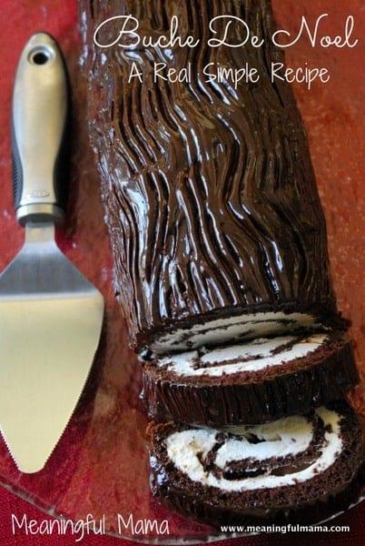 Buche De Noel Yule Log Cake | Decadently Delicious Yule Log Recipe and Cake Ideas