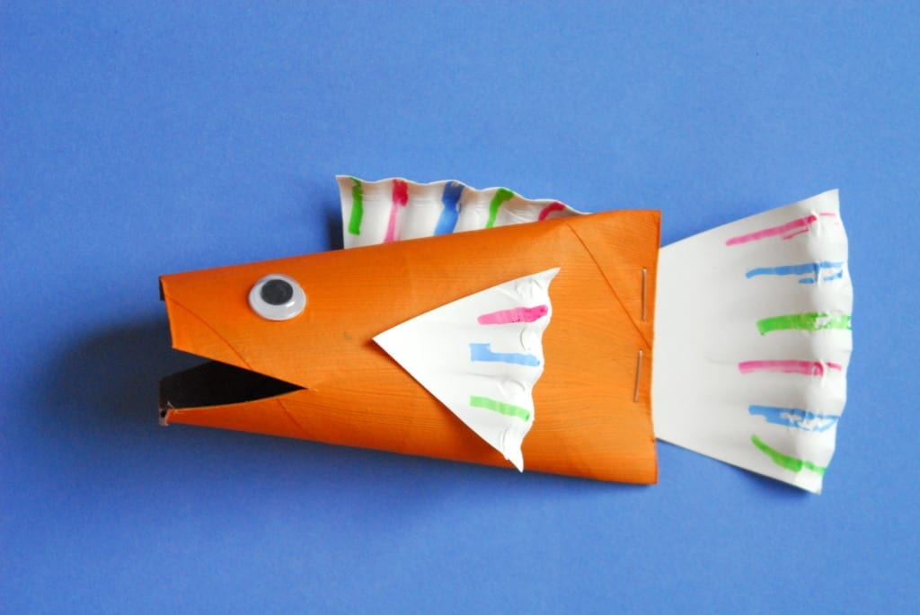 #fish #toilet paper tube #craft #cubbies #bear hug 5-007
