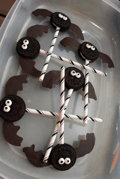 1-#bat oreos #superhero #food #party #Halloween-022