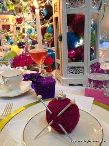 1-#christmas #table #decorations #decorating ideas #diningroom-020