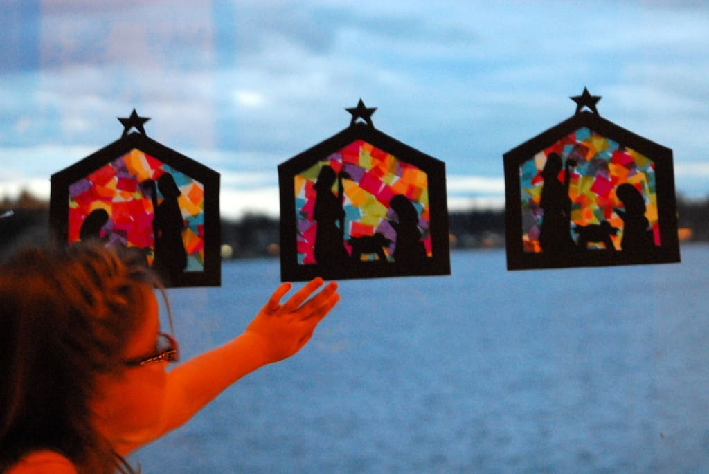 Stained glass nativity craft teaches hope for Christmas crafts for pre schoolers