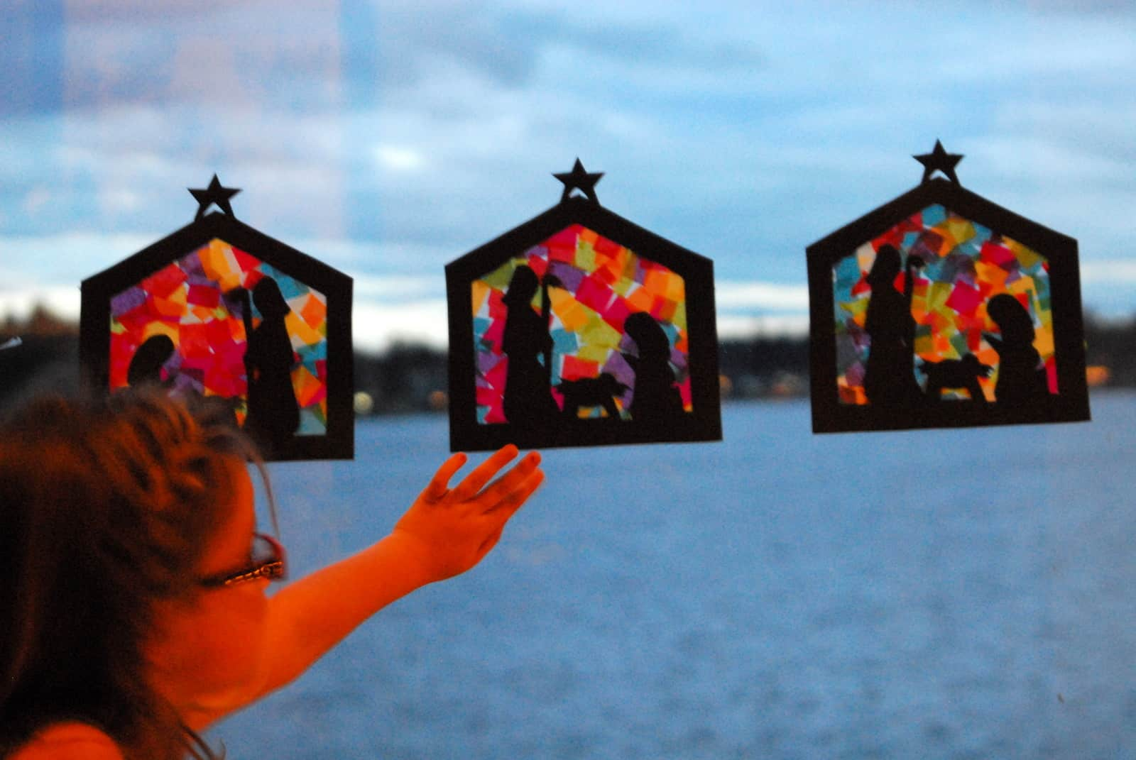 Christmas Craft Ideas Ks1 Part - 41: Stained Glass Nativity Craft Teaches Hope