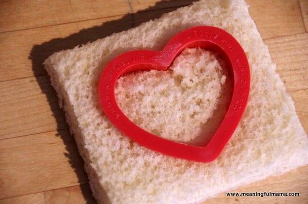 1-#peanutbutter and jelly #valentine treat ideas-002