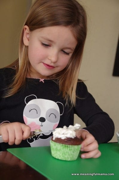 1-#lamb #sheep cupcake decorating marshmallows Feb 6, 2014 1-047