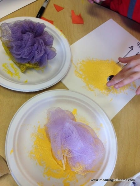 1-chick craft ideas for kids loofah Easter Apr 14, 2014, 1-047