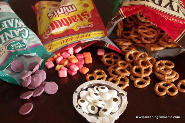 1-owl food ideas party pretzels Mar 31, 2014, 9-19 AM