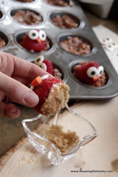 1-owl strawberries food philadelphia cream cheese spread Mar 31, 2014, 2-061