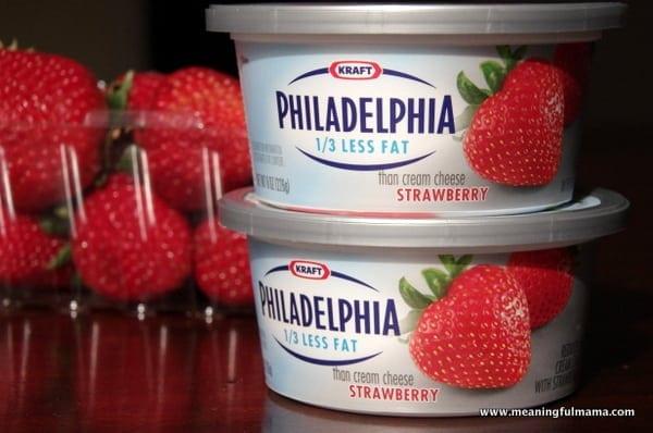 1 Owl Strawberries Food Philadelphia Cream Cheese Spread Mar 31 2014 9