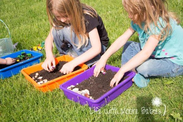 dirt sensory bins