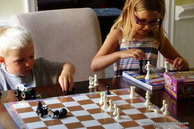 1-yammie chess teaching kids to play chess Jul 24, 2014, 6-007