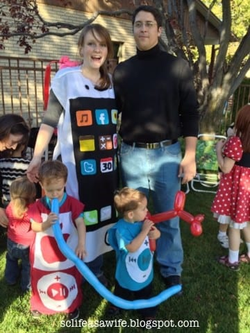 iphone apple costumes halloween family ideas