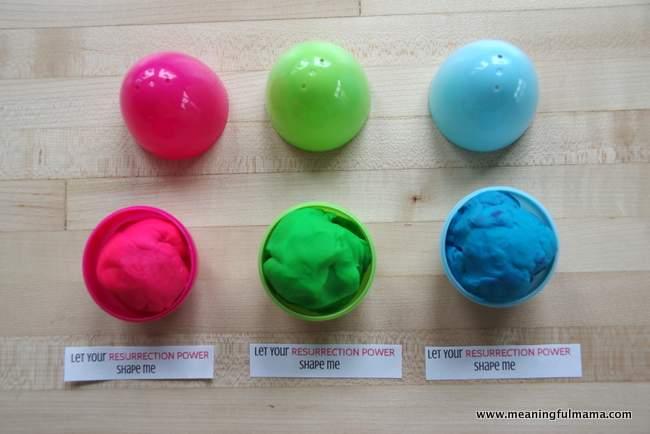 Play-Doh Plastic Easter Egg Filler
