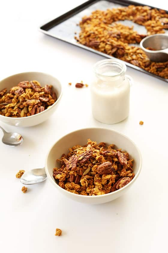 PUMPKIN-Pecan-Granola-with-pepitas-naturally-sweetend-with-maple-syrup-fall-pumpkin-vegan-glutenfree