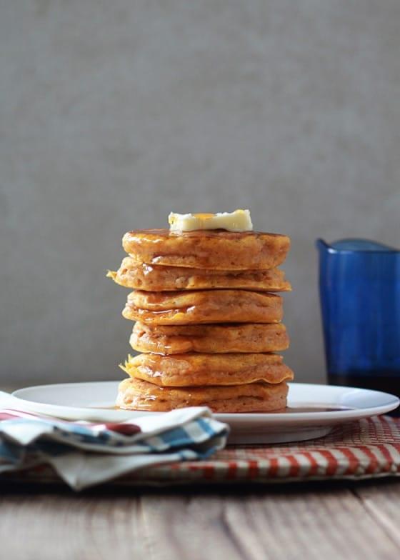 fluffy-pumpkin-pancakes-2