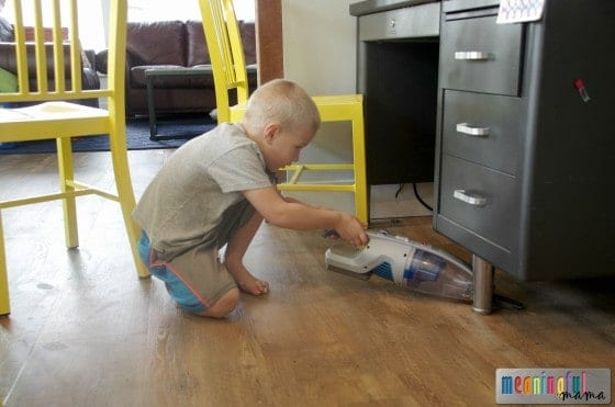 Age-Appropriate Chore Ideas for Kids - Age 4-8 Oct 27, 2015, 11-052