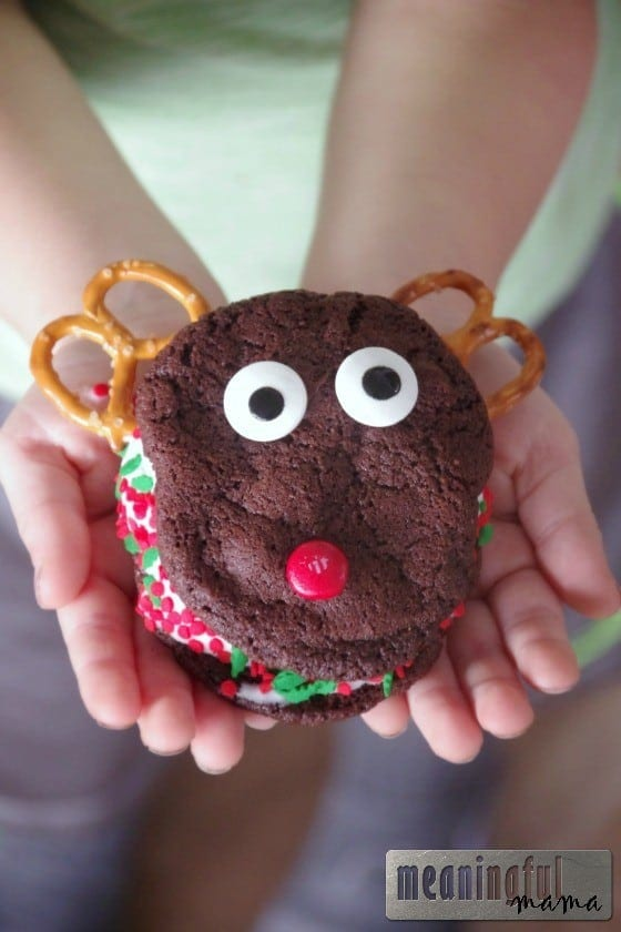 Reindeer Ice Cream Sandwich Cookies Nov 6, 2015, 1-048