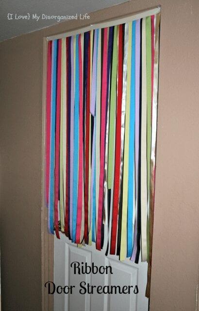 Ribbon+Door+Streamers1