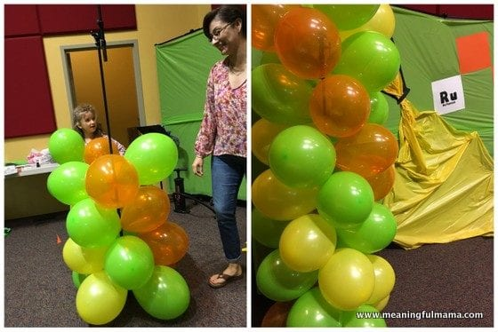 1-Vacation Bible School Science Decorations - Balloon Double Helix Jul 10, 2016, 8-56 PM
