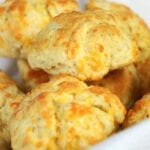 Cheddar, Garlic & Oregano Buttermilk Biscuit Recipe