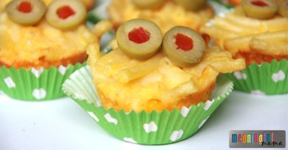 monster-halloween-food-mac-and-cheese-bites