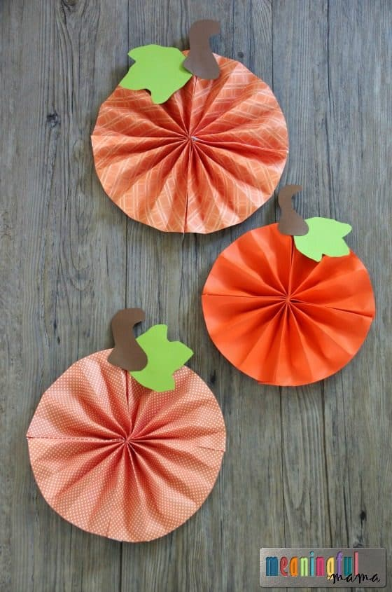 Paper pumpkin pinwheel craft for Fall craft ideas for seniors