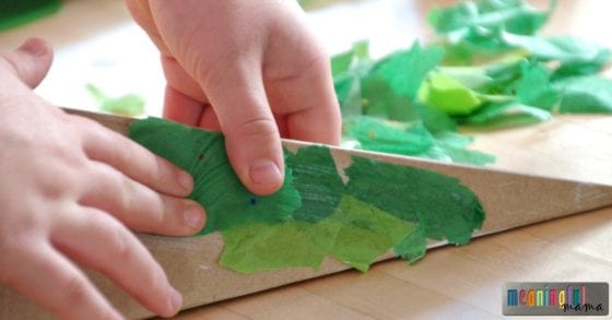 christmas-tree-craft-for-kids-3-d-craft-idea
