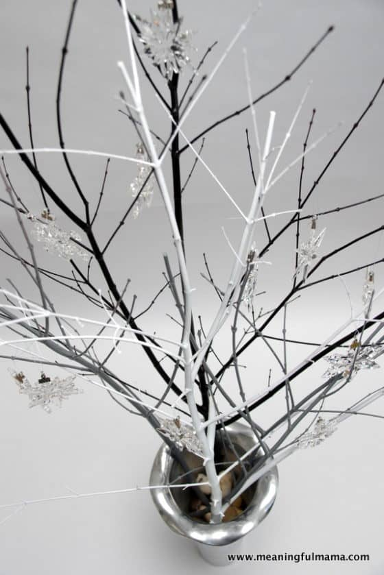 1-diy-swarovski-crystal-snowflakes-display-dec-7-2016-3-01-pm