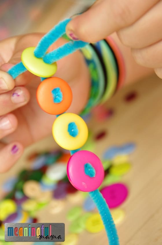 button craft ideas for kids pipe cleaner and button bracelets 5976