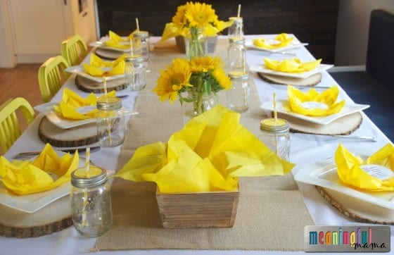 Flower paper napkin folding with sunflower table decorations flower paper napkin folding with sunflower table decorations tutorial mightylinksfo