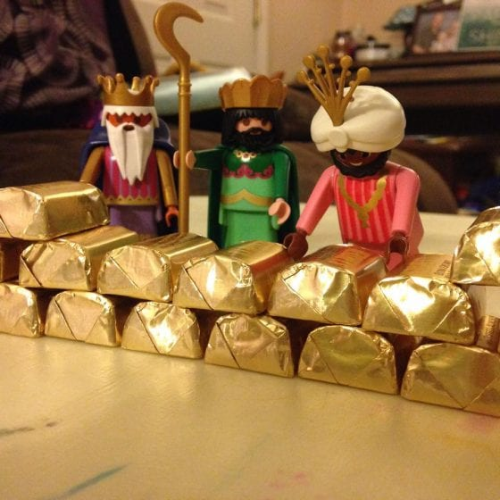 wandering wise men bring chocolate gold
