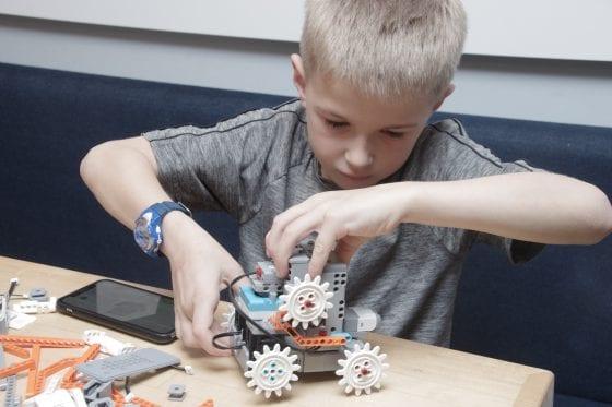 Child Building Robot