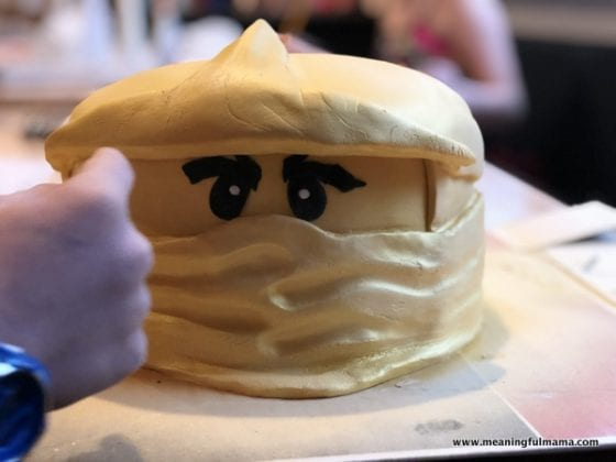 Decorating Golden Ninja for Ninjago Cake