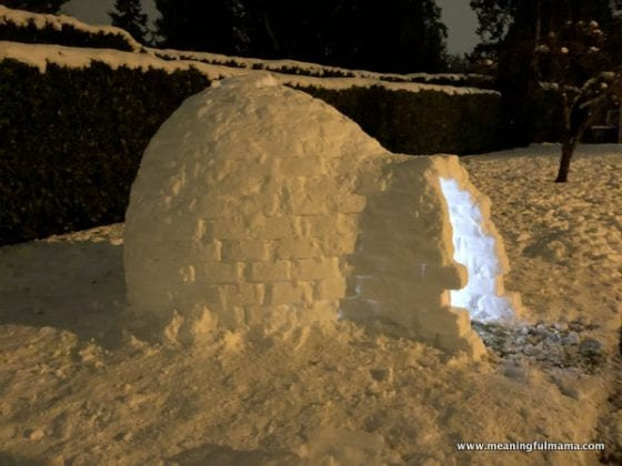 picture of an igloo at night