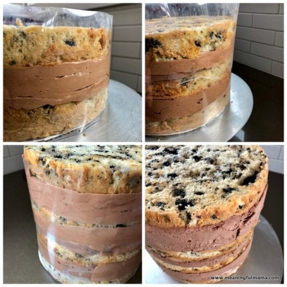 stacking a layered cake using cake acetate