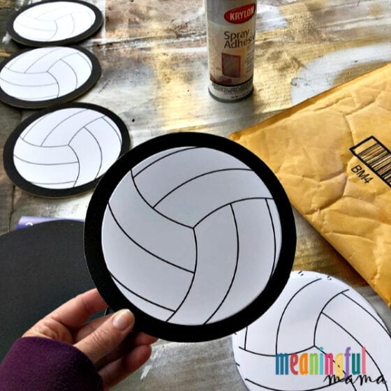 Making DIY Volleyball Locker Decorations