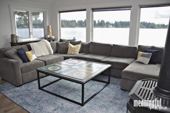 Washable Rug in Contemporary Living Room